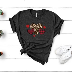 B2G1 Buffalo Plaid Leopard Hearts Unisex T-shirt